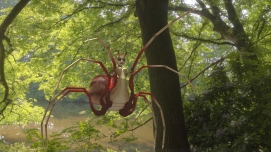 Spider Queen in environment